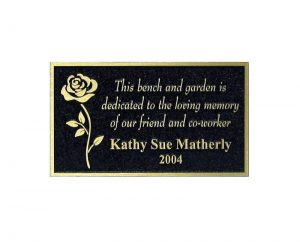 Outdoor memorial Black background Gold finish