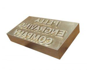 Metal-mounted-magnesium-die