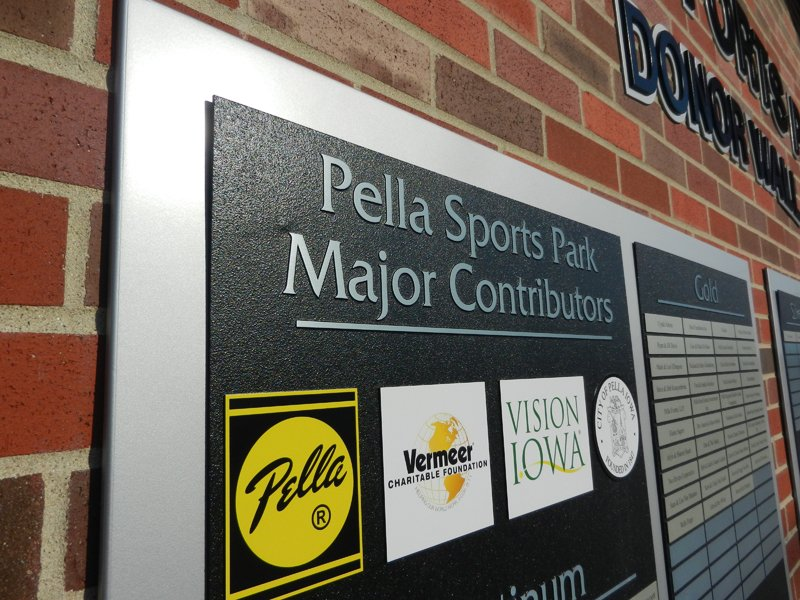 Pella-sports-park-donor-wall-closeup