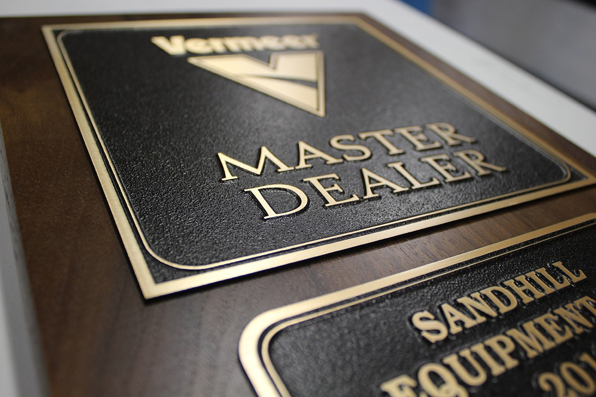 Magnesium Master Dealer plaque with Vermeer logo