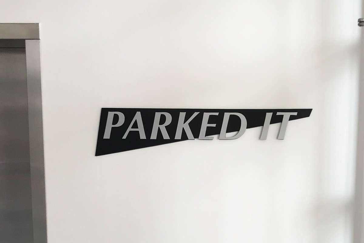 directional-architectural-signage-parking-2019-web