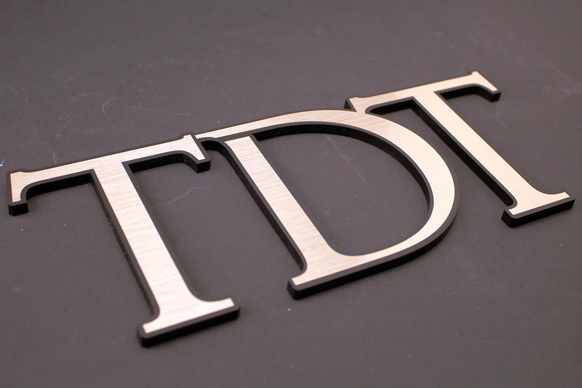 laser-engraving-marking-tdt-letter-shapes-web