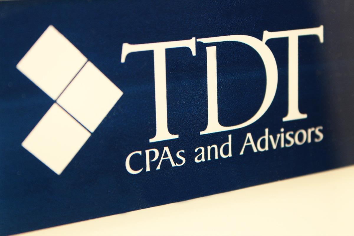 laser-engraving-marking-tdt-sign-with-logo-web