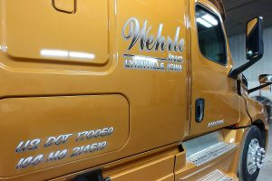 vehicle-graphics-semi-cab-web