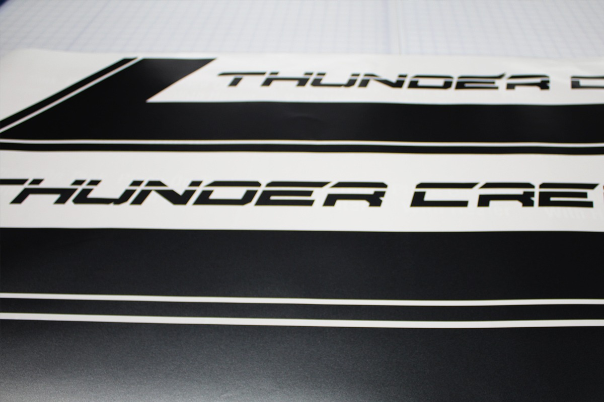 vinyl-decals-thunder-creek-equipment-web-2
