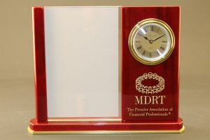 laser-engraving-marking-wood-clock-with-logo-1-web